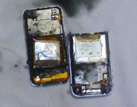 Во время аппаратной разлочки iPhone взорвался