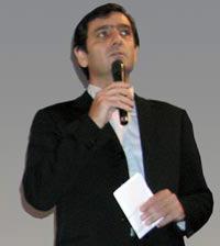 Алан Хели