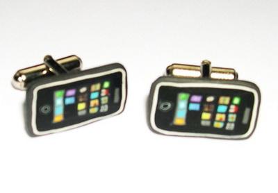 iphone-cufflinks_2