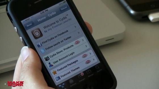 Создатель Cydia показал джейлбрейк iPhone 4