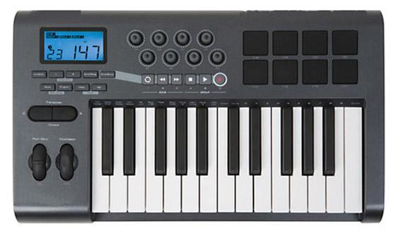 В гитару iPhone превращали, делаем синтезатор!
