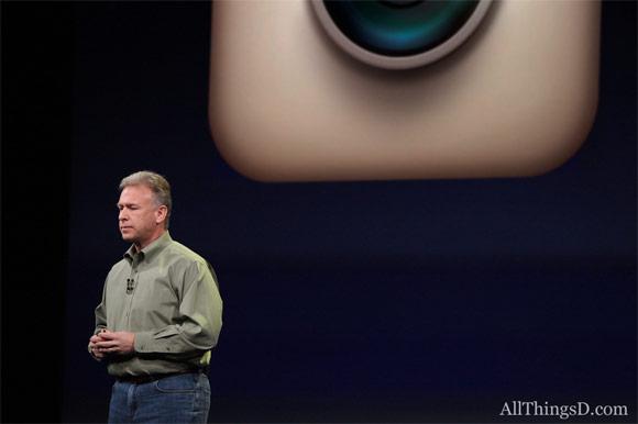 Фил Шиллер поставил крест на Instagram