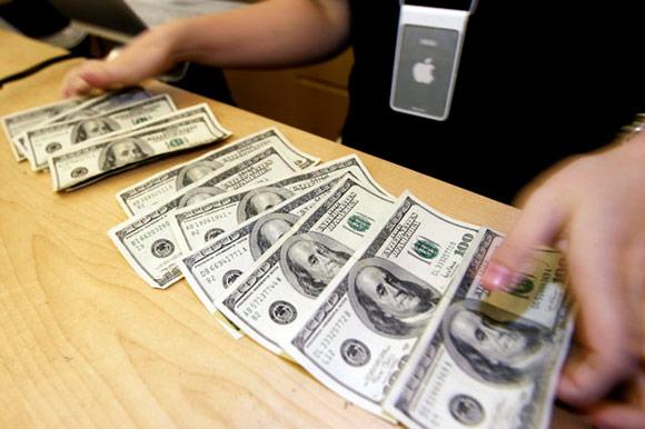 Эксперт: Apple инвестировала 2 миллиарда в Sharp