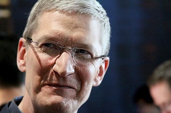 Тим Кук не поддерживает иск акционеров против Apple