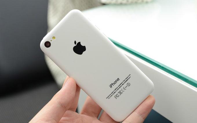 iPhone 5C не получит Siri, а биометрический сенсор в iPhone 5S будет функционально ограничен