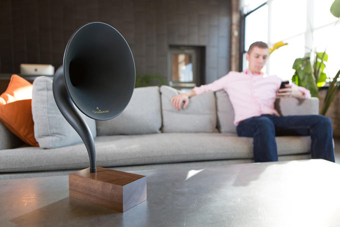 Gramovox. Bluetooth-граммофон для iPhone и не только