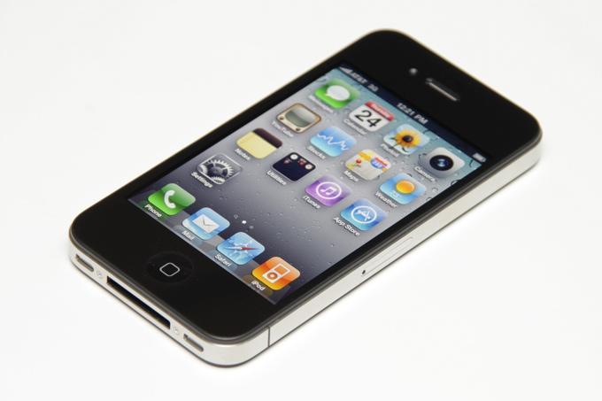 Apple возобновила продажи iPhone 4 в Индии