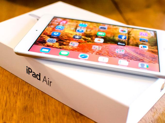 iPad Air стал лидером продаж среди планшетов Apple в декабре. iPad 2 провалился