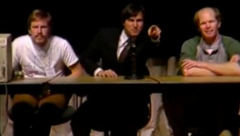 steve-jobs-never-before-seen-video-1984-pic-1