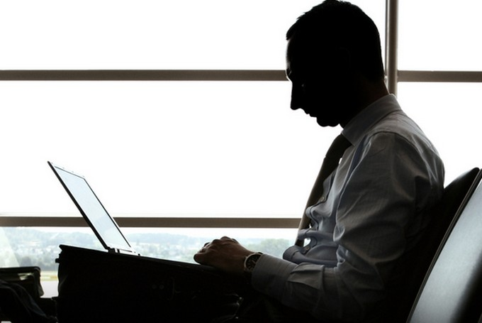 Украли MacBook – напиши Тиму Куку