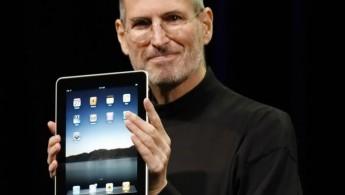 01-Steve-iPad