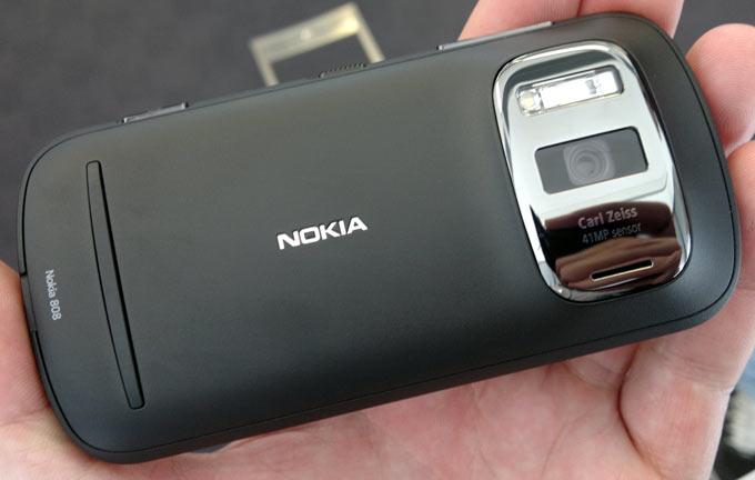 Главный специалист Nokia по фотографии перешел в Apple