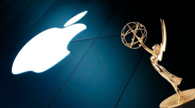 Рождественский рекламный ролик Apple получил награду Эмми в номинации «Выдающаяся реклама»