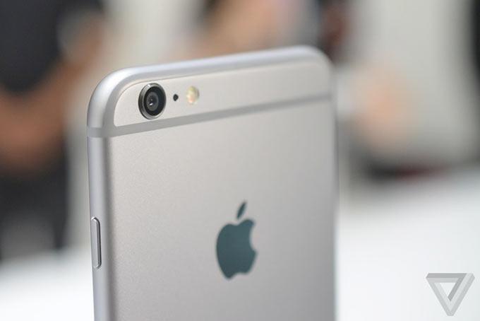 01-5-iPhone-6-Plus-Impressions
