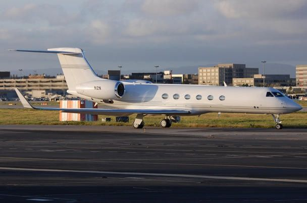 Личный самолет Стива Джобса теперь в пользовании Айва