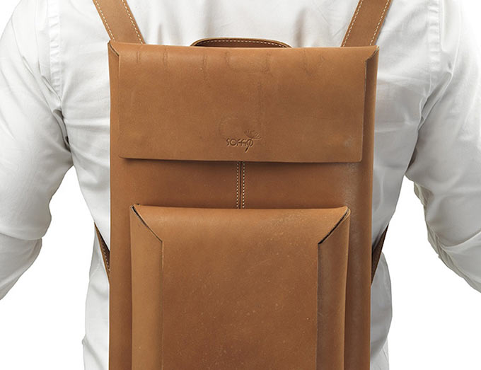 01-1-Macbook-Sleeve-Backpack
