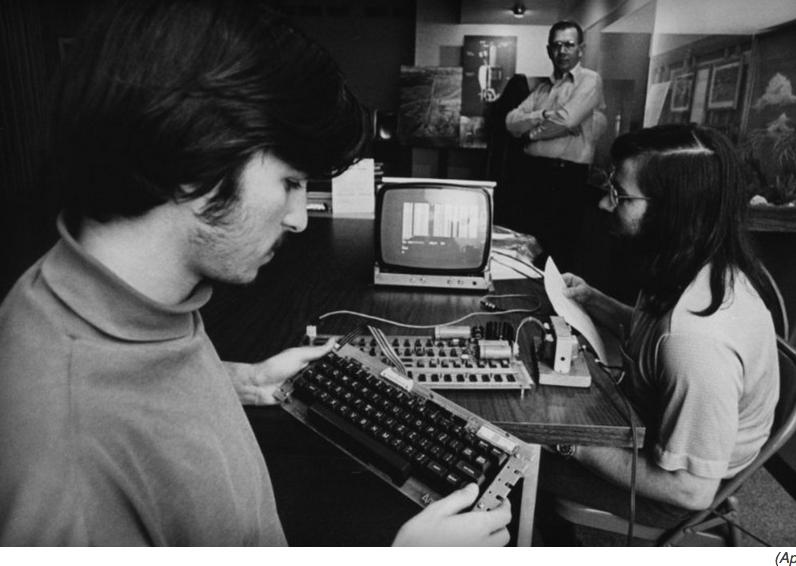 Проданный лично Стивом Джобсом Apple I выставили на торги