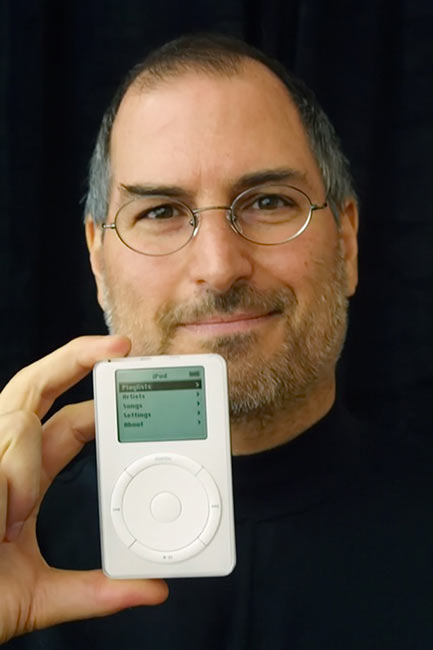 02-Steve-Jobs-Defends-Apple