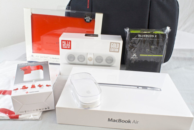 Японские «мешочки счастья» поступят в продажу в Apple Store 2 января