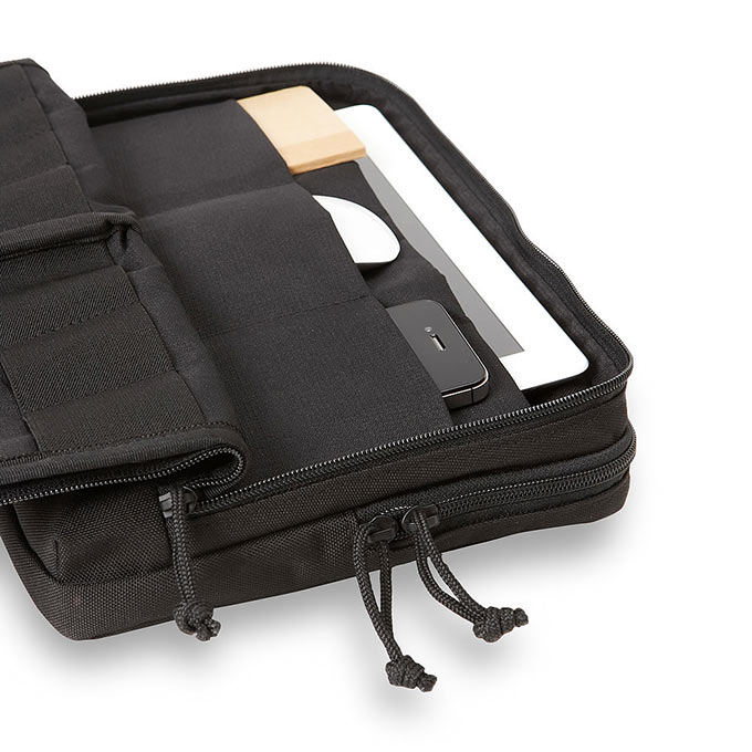 01-3-Cargo-Works-MacBook-EDC-Kit