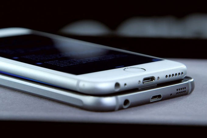04-1-Galaxy-S6-Copycat