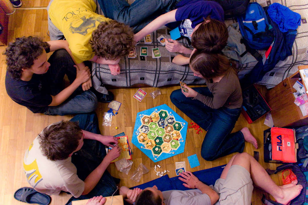 Playing_Settlers_of_Catan.jpg