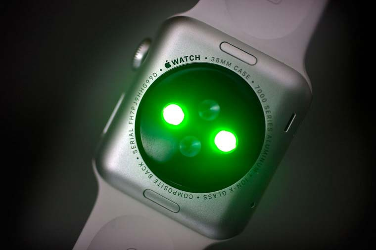 06-Apple-Watch-Skin-Interface
