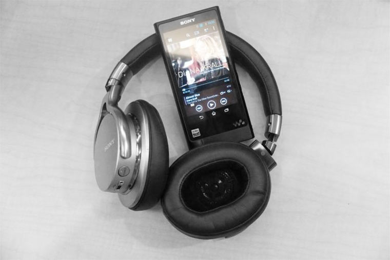 sony-nw-zx2-mdr-1