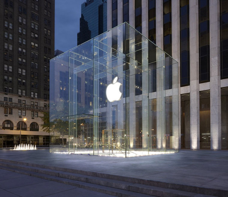 07-Unlikely-Success-of-Apple-Store