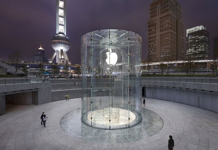 10-Unlikely-Success-of-Apple-Store