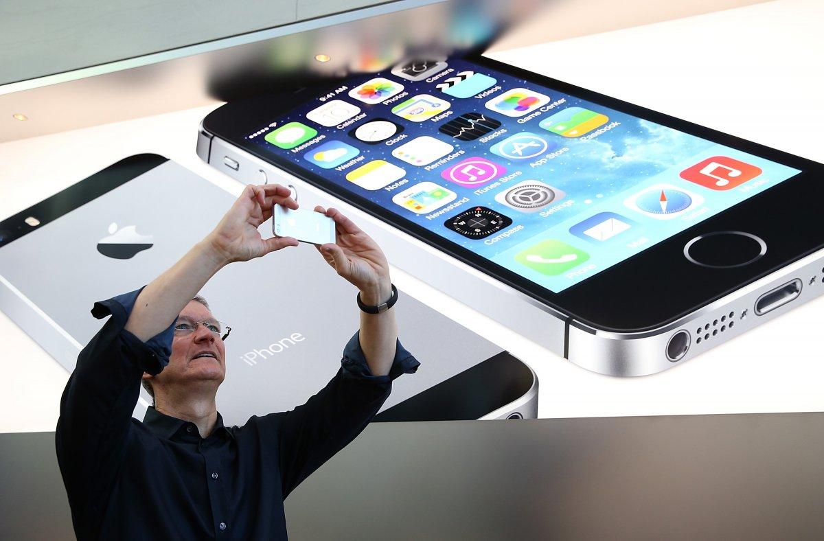 iPhone все увереннее занимает мировой рынок смартфонов