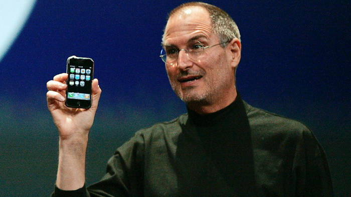 RT_steve_jobs_iphone_3G_jef_130710_16x9_992