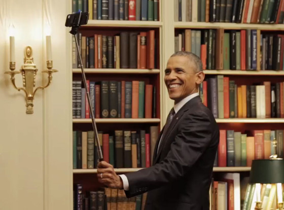 rs_560x415-150212114504-1024.obama-selfie-stick