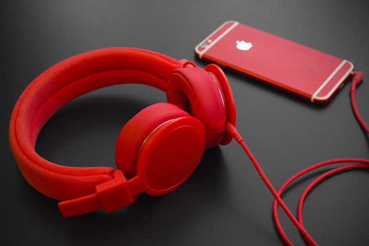 red-headphones-2