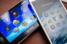 01-Editorial-PS-Vita-vs-Mobile