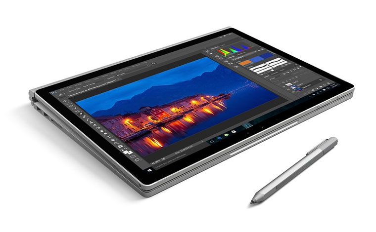 02-3-MS-Surface-Book-Announce