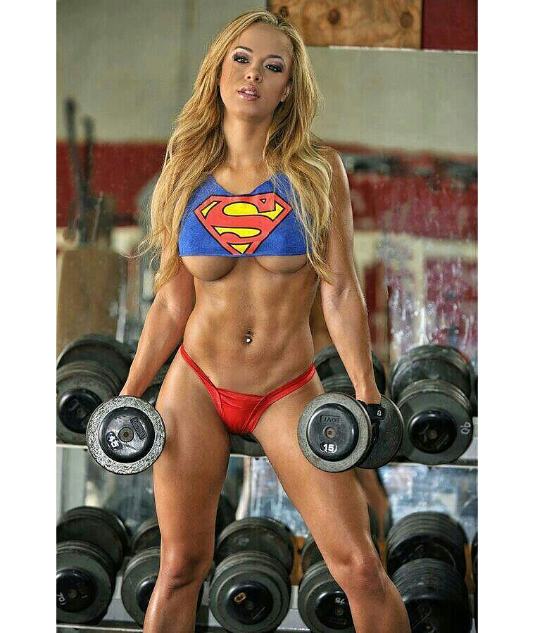06-Womans-In-Gym
