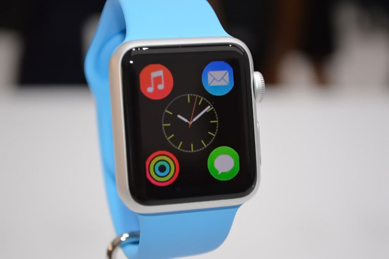 02-2-Apple-Watch-Sales-2015