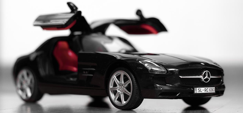 Mercedes-Benz SLS AMG – управляемый с гаджета