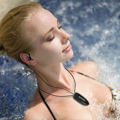 2GB-Deluxe-Waterproof-MP3-Player-for-Swimming_10
