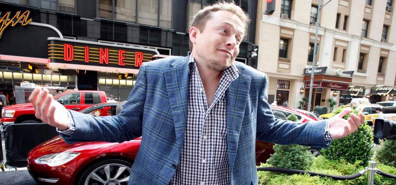 Илон Маск купил еще немного Tesla