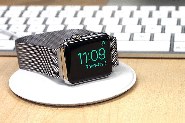 13-AW-Magnetic-Charging-Dock
