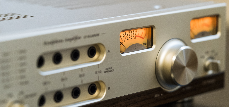 Мечта аудиофила: обзор гибридного усилителя Audio-Technica AT-HA5050H