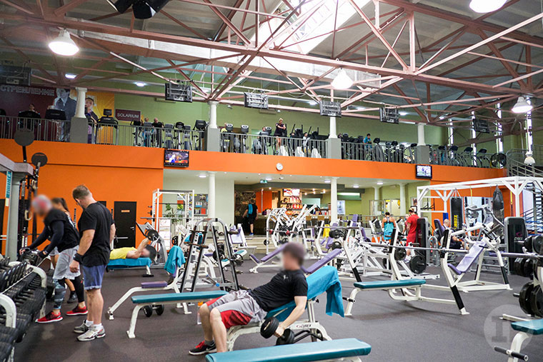 06-Gold's-Gym-Moscow-Dynamo1