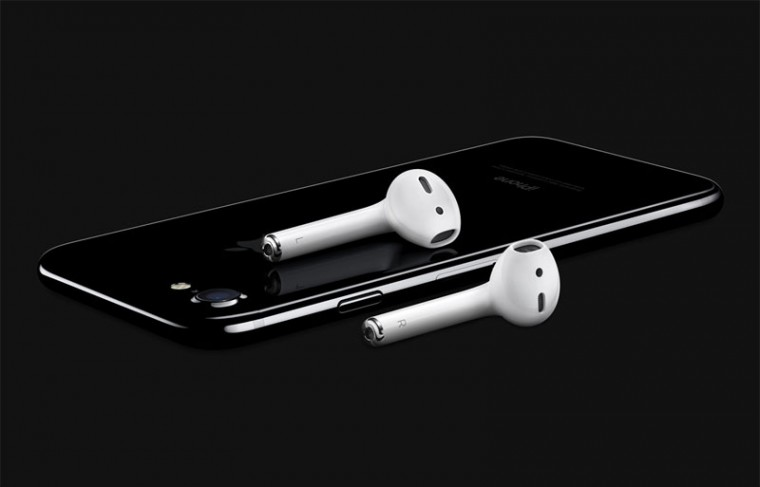 Apple-Airpods-official-5