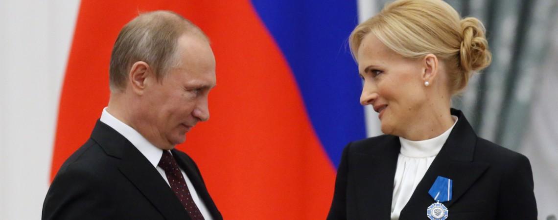 Путин рекомендует внести поправки в «пакет Яровой» ради операторов