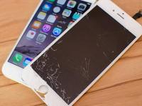 Что лучше: менять стекло или экран целиком на iPhone?