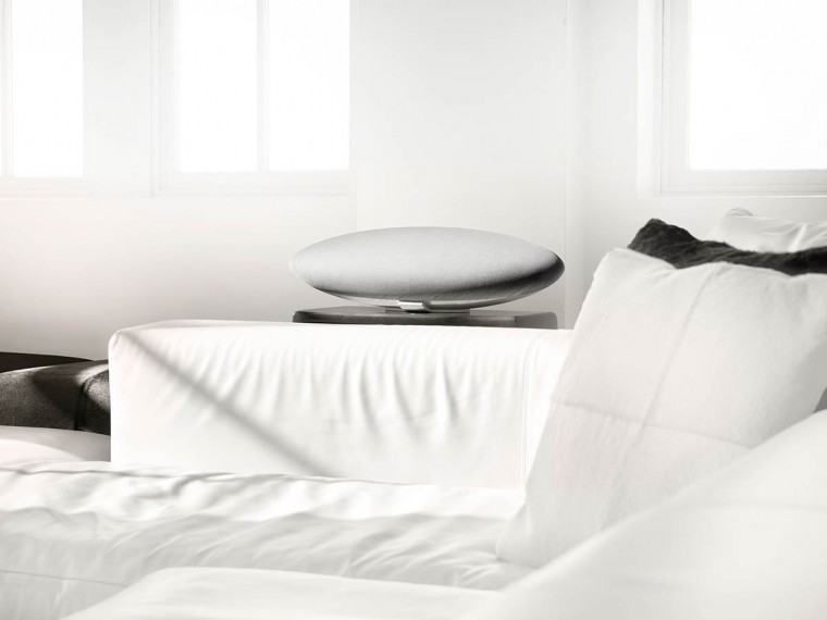 bowers-wilkins-zeppelin-wireless-white-2