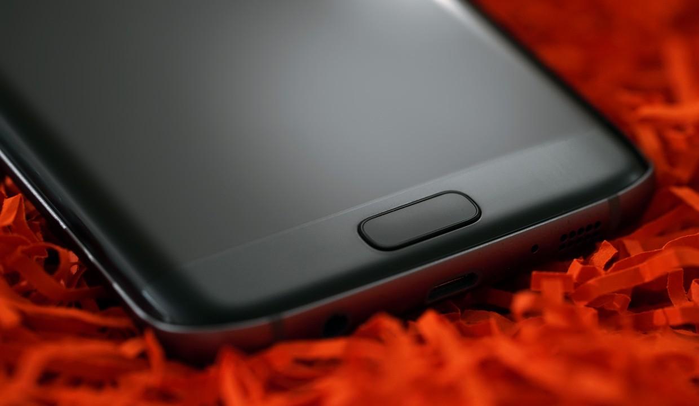 GfK: Самсунг, Apple иHuawei лидируют на русском рынке телефонов