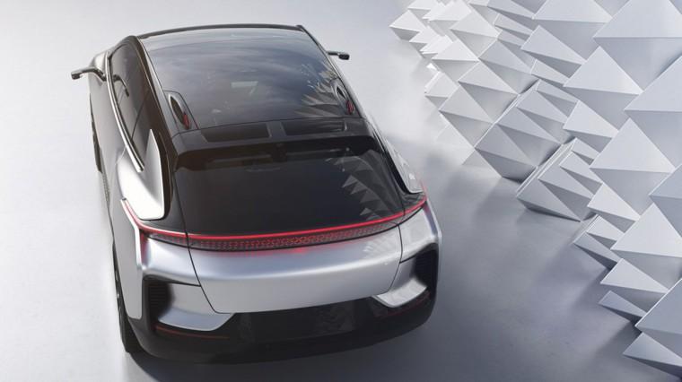 Faraday Future представила свой автомобиль. 1050-сильный зверь